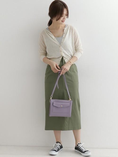 【沖縄】4月に最適な服装:スカートコーデ