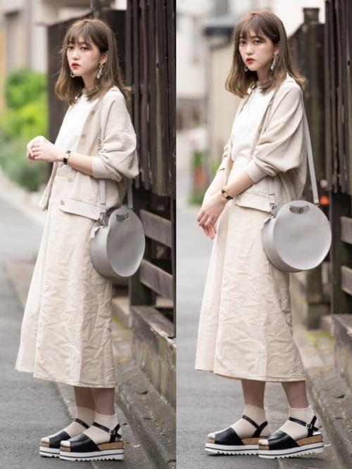 【大阪】4月に最適な服装:スカートコーデ4
