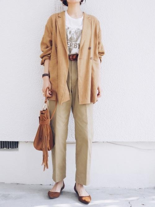【沖縄】4月に最適な服装:パンツコーデ4
