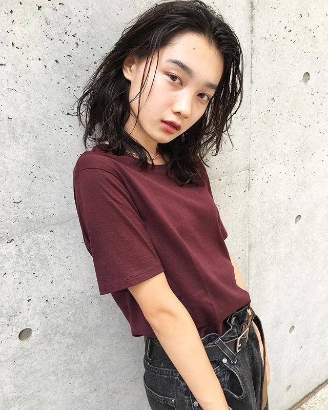 おすすめ暗髪ヘアカラー×ミディアム3