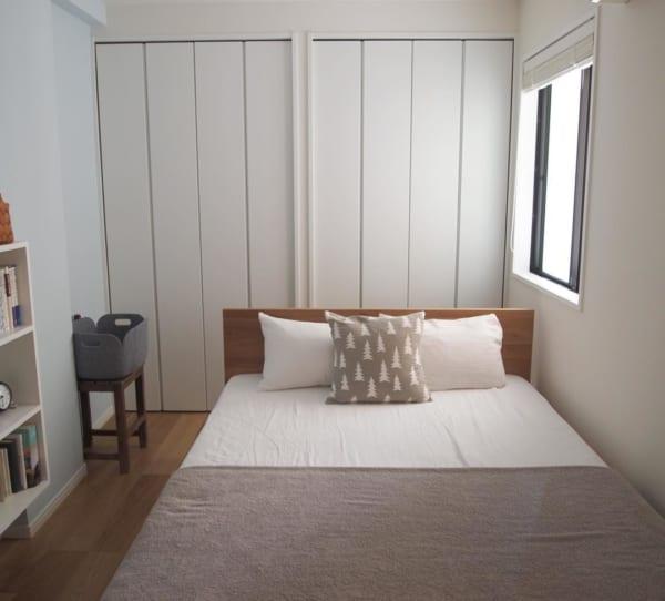 北欧風インテリアがすてきな二人暮らしの寝室