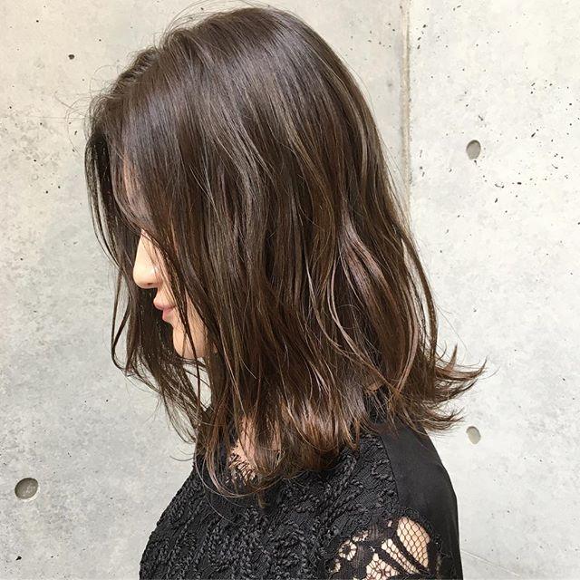 卒業式におすすめのママの髪型《ミディアム》2