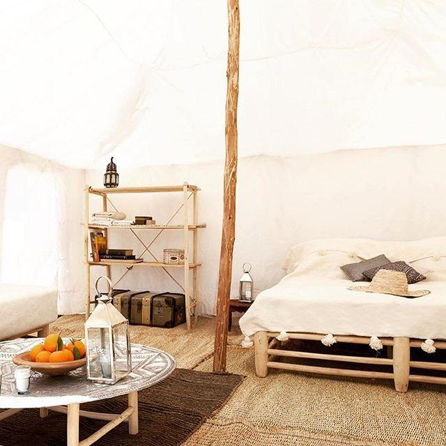 木製家具がおしゃれなボヘミアンスタイル