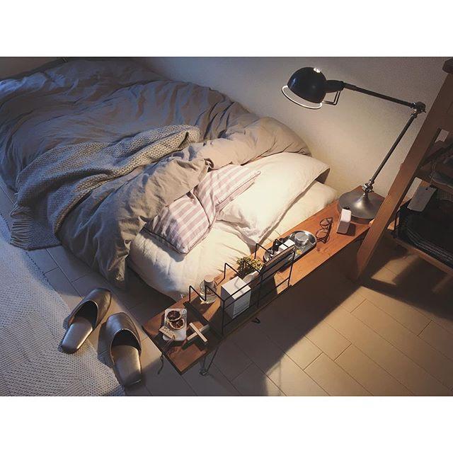 一人暮らし部屋に合うインダストリアルライト