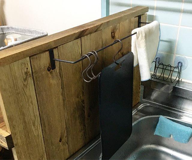 キッチン収納でもS字フックで清潔に