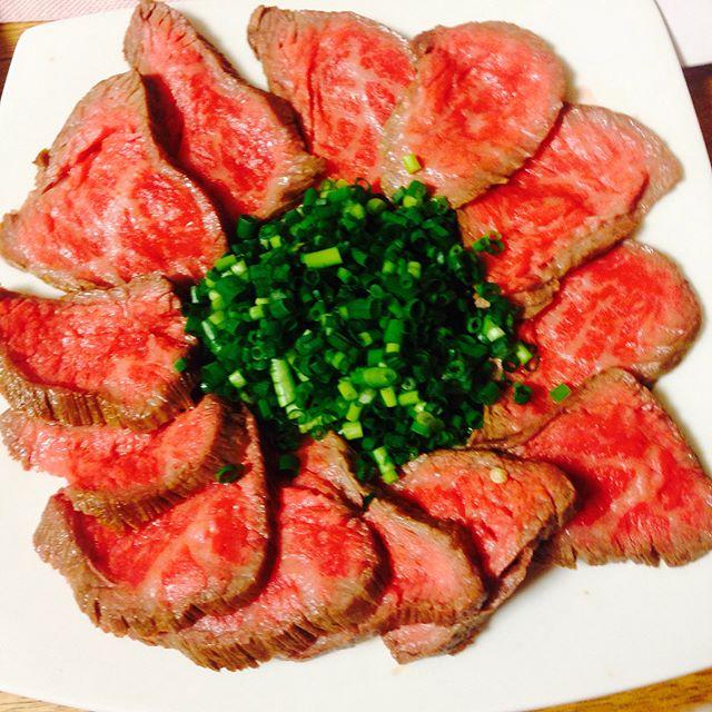 新鮮な肉料理!ひな祭りに人気の牛肉のたたき