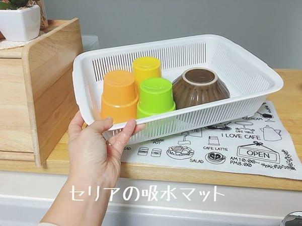 キッチン用品の吸水マットで水周りをすっきり収納