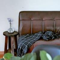 ソファーで落ち着くインテリア♪くつろぎの空間を演出する方法