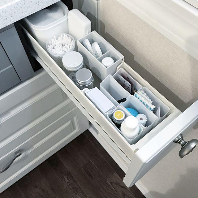 キッチンドロワーの仕切りになる100均商品