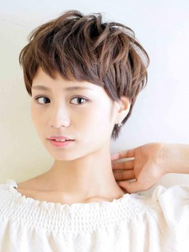 入園式の髪型《ショート×ヘアカラー》2