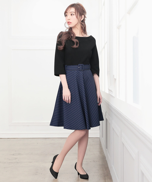 [Nina] フレア七分袖ドッキングワンピース