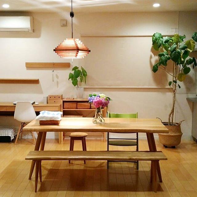 ②ファブリックや木製の家具を取り入れる7