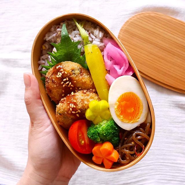 お弁当に大人気!食感が美味しい長芋コロッケ