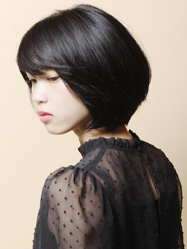 大人女性のショートボブヘア《黒髪》2