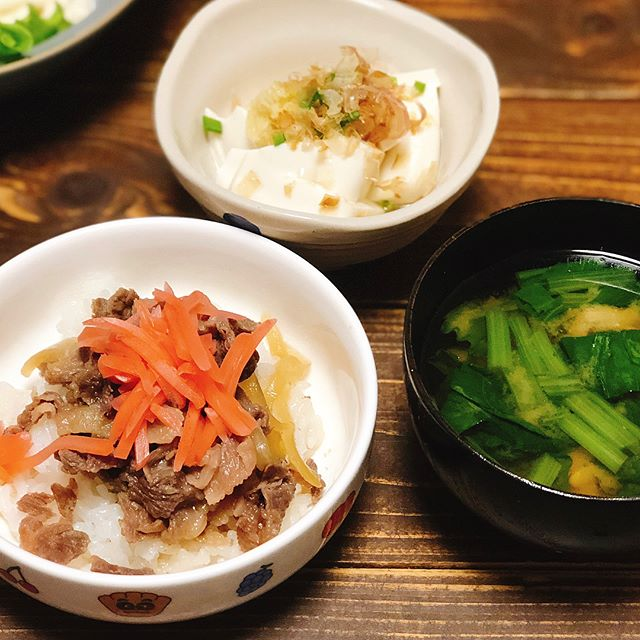 天ぷらと一緒に食べたいレシピ!牛皿丼