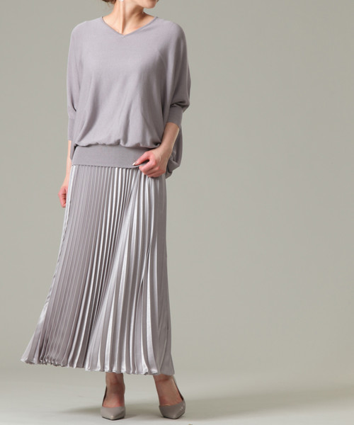 [TIARA] サテンロングプリーツスカート