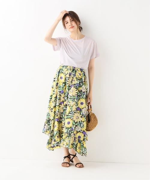 華やかな4月のハワイの服装