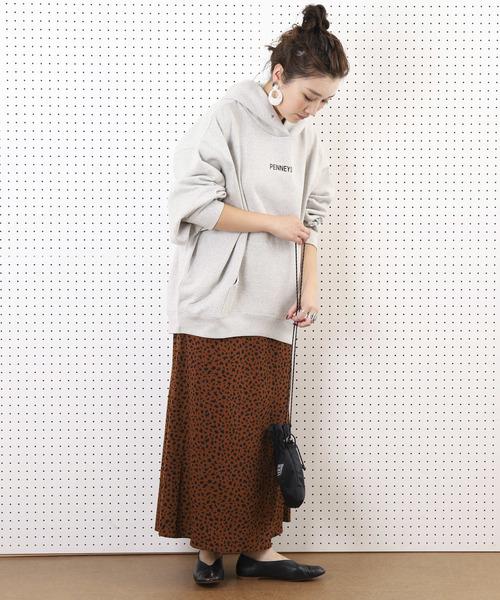 アニマル柄スカート