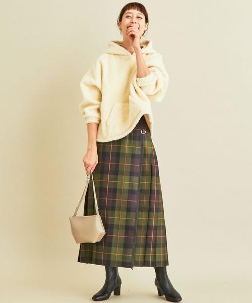 【軽井沢】4月に最適な服装:スカートコーデ3