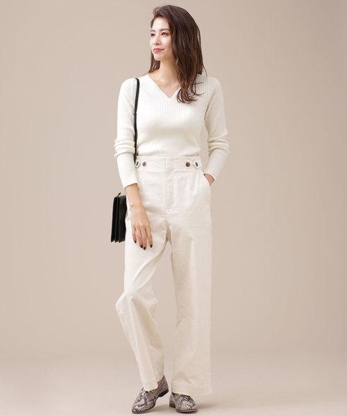 【東京】4月に最適な服装:パンツコーデ