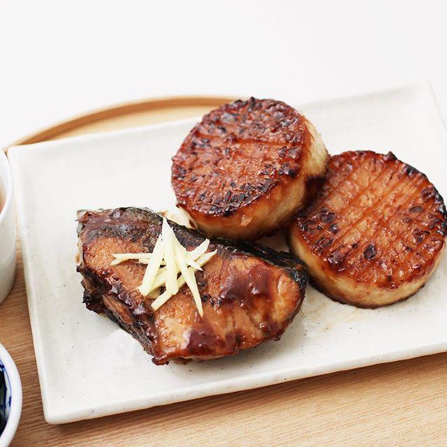 付け合わせに!豚キムチとブリ大根の照り焼き