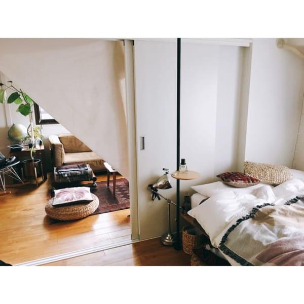 インテリアにこだわった二人暮らしの寝室
