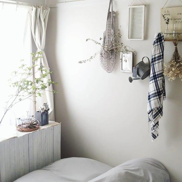 寝室にもお花を飾ったフレンチインテリア