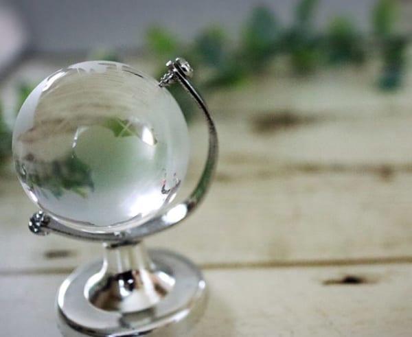 【キャンドゥ】ラグジュアリーなガラス地球儀