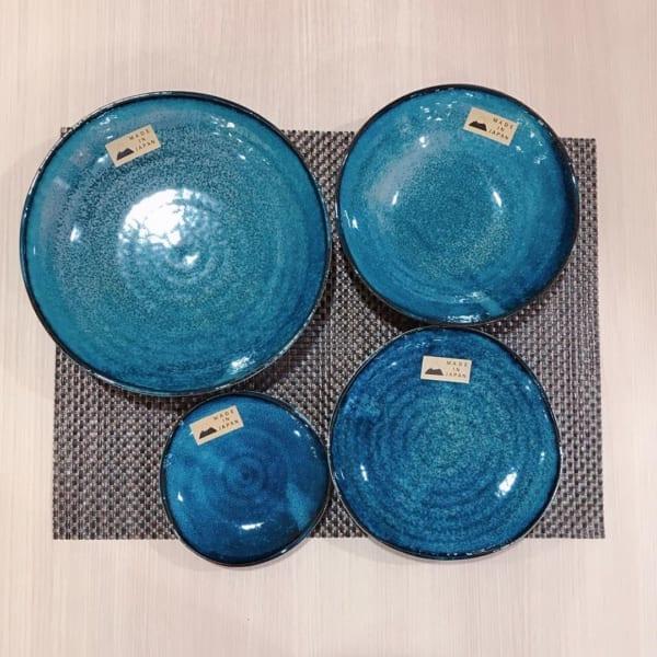 【3COINS】美しい濃淡の青い和食器皿