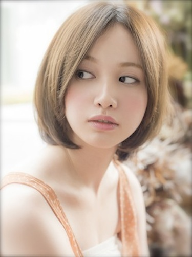 センター分け前髪×ショートヘア《ストレート》5