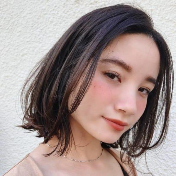 イエベ秋さんに似合う髪色《ダークブラウン系》2