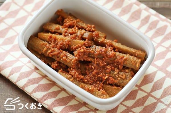 煮込みハンバーグの付け合わせ《副菜》8