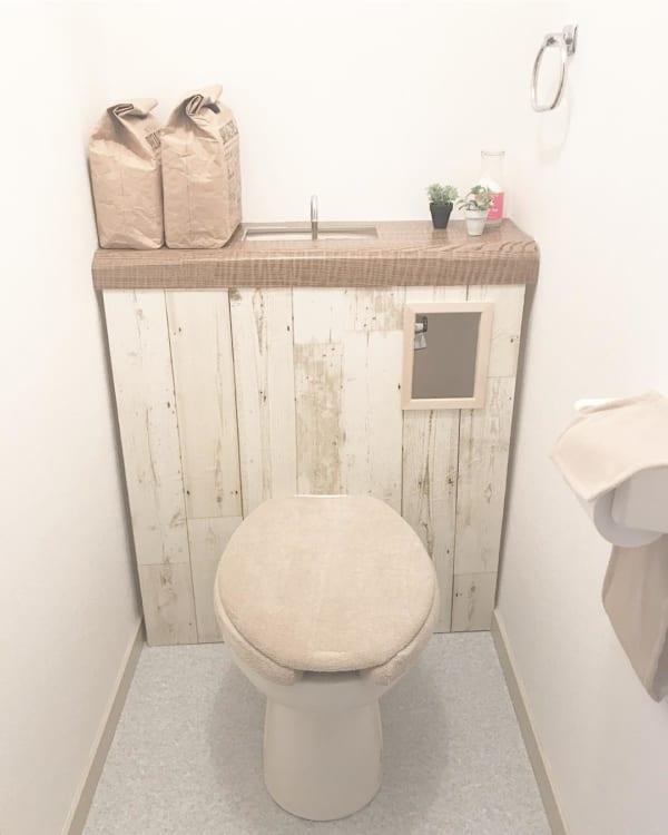 タンクレス風トイレで収納場所を確保