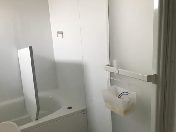 バスルームの収納アイデア3