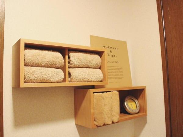 壁に付けられる家具で洗面所のタオル収納