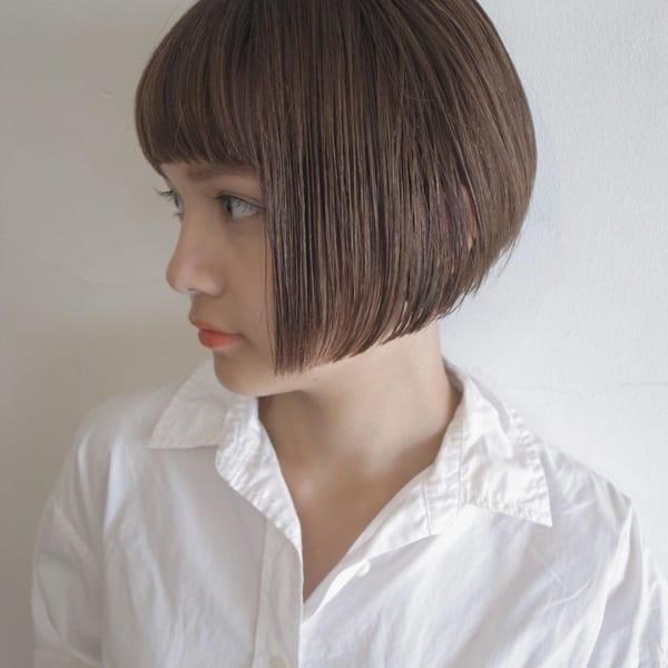 ショートボブ×ぱっつん前髪《ストレート》3