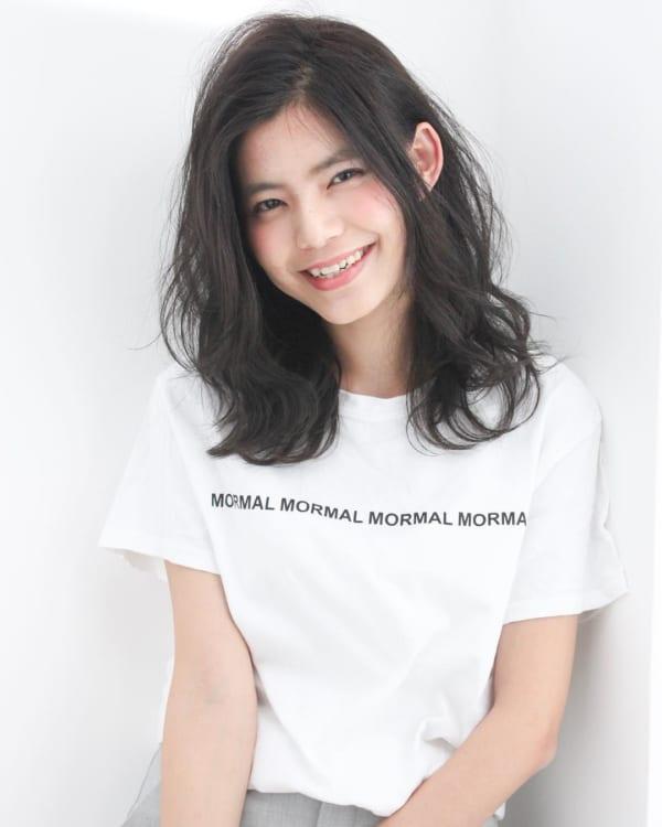 黒髪ミディアム×巻き髪×大人スタイル