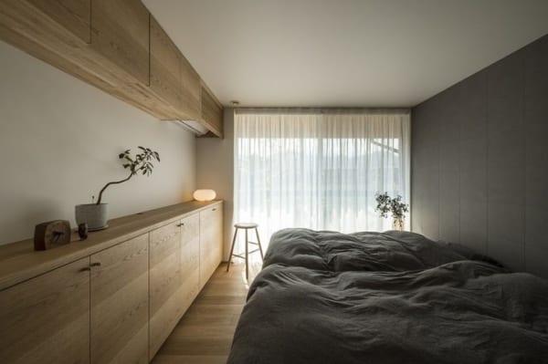 ナチュラルモダンな寝室インテリア