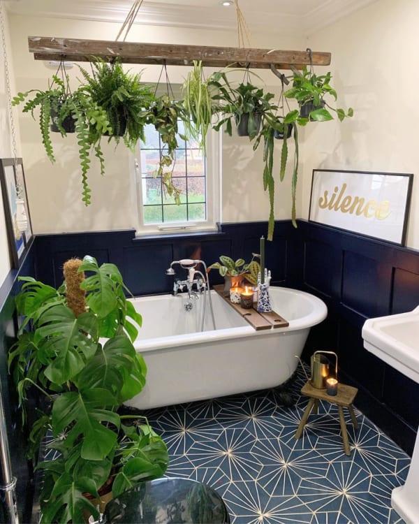 おしゃれなタイル床が魅力の海外バスルーム10