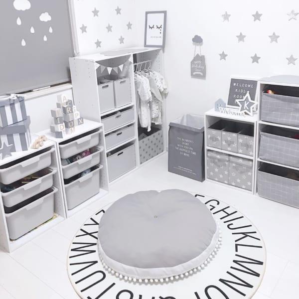 ホワイト×グレーの子供部屋