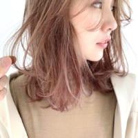 赤系ヘアカラーで注目を集めよう♪おしゃれな大人女子に人気の髪色を大特集