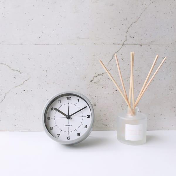 アイテム(2)目覚まし時計