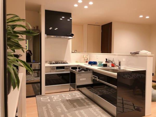 キッチン全体をカバーするマット