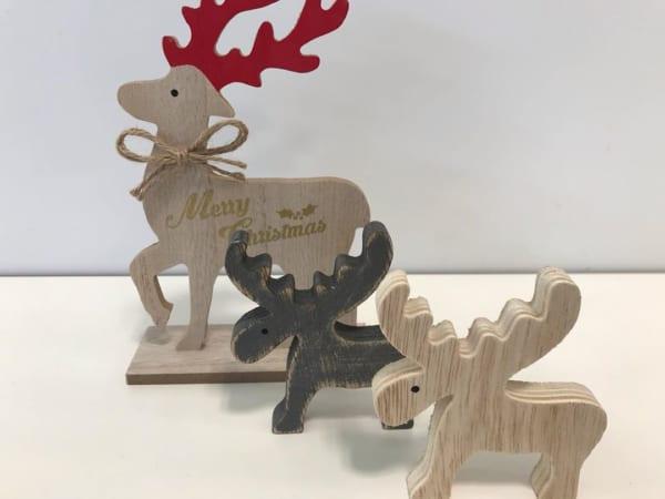 セリアのクリスマス雑貨⑤トナカイ木製オブジェ