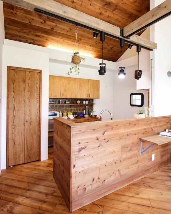 木を使ったアメリカンカントリーなキッチン