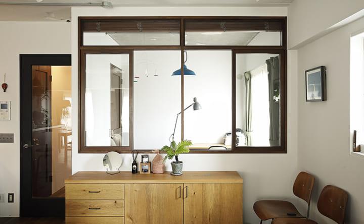 家具に合わせてつくる木の使い方が光るインテリア4