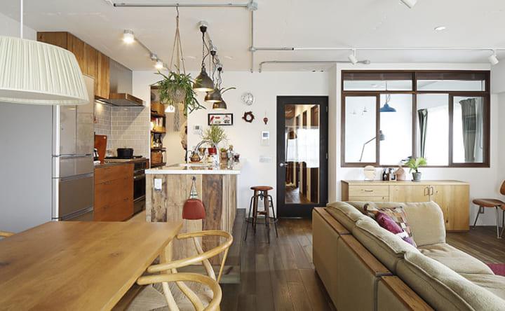 家具に合わせてつくる木の使い方が光るインテリア2