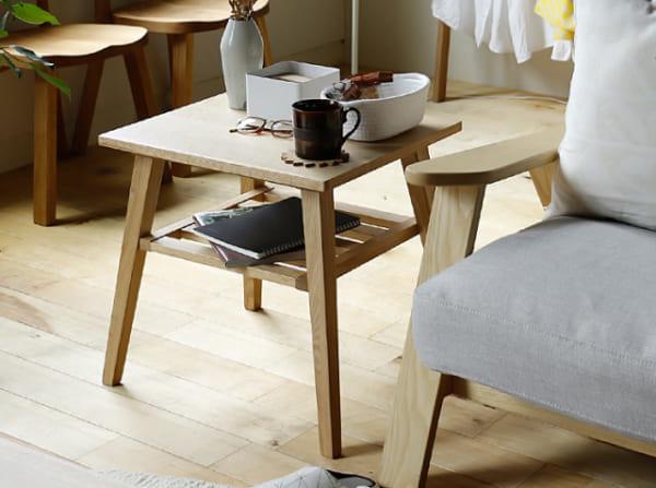 ナチュラルデザインのサイドテーブル2