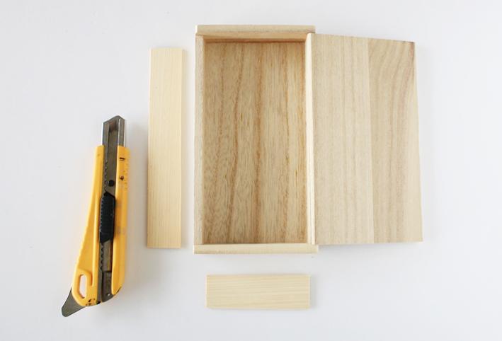 セリア 扉付き仕切りボックス DIY4