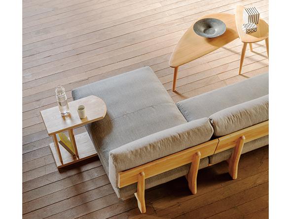 狭いリビングのソファの選び方7